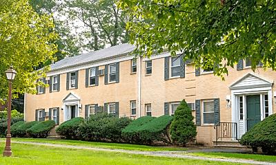 Building, 110 Franklin St, 1