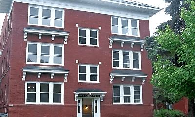 Building, 3751 Washington St, 2