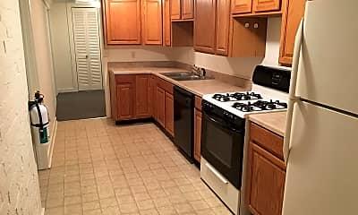 Kitchen, 109 Dewitt Pl, 1