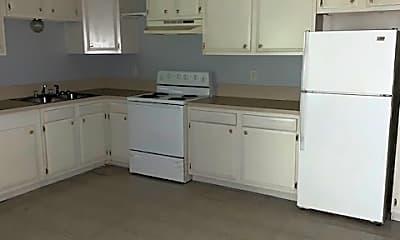 Kitchen, 201 Beeler St, 1