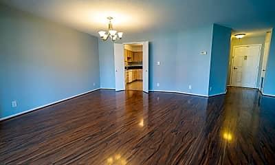 Living Room, 1600 N Oak St 932, 1