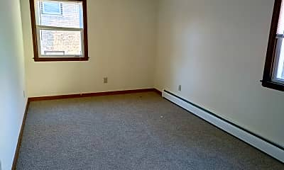 Bedroom, 82 Pierce Ave, 2