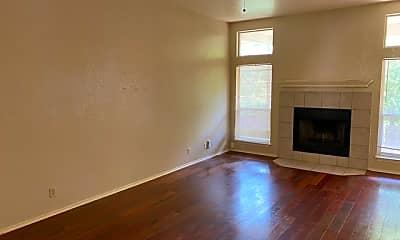 Living Room, 8463 Timber Belt, 1