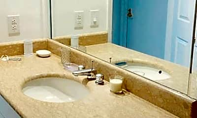Bathroom, 1643 Brickell Ave 1005, 2