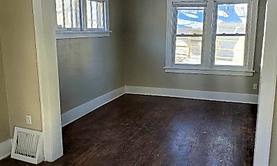 Living Room, 811 N 34th St, 2