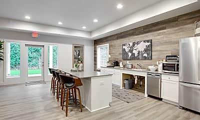 Kitchen, Latitude 45, 2