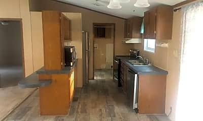 Kitchen, 5 Patriot Dr, 1