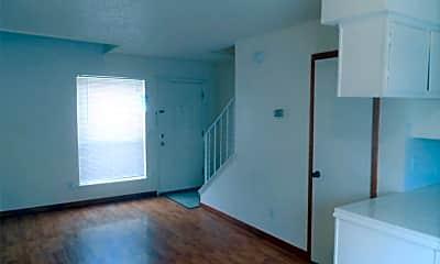 Living Room, 2504 N Hudson Ave, 2
