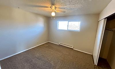 Living Room, 1004 S Cloverdale St, 2
