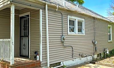 Building, 4715 S 1st St, 2
