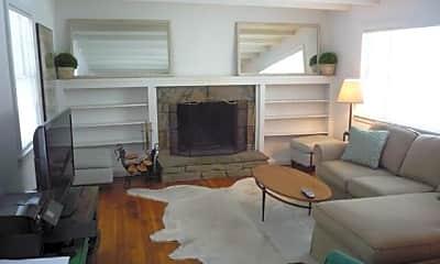 Living Room, 2 Gilbert St, 1
