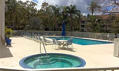 Pool, 850 S Tamiami Trail 834, 1