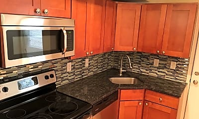 Kitchen, 415 N 41st Street - Unit D, 1