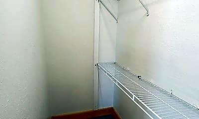 Kitchen, 52 W Scott St, 1