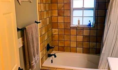 Bathroom, 1372 Amarillo St, 2