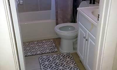Bathroom, 4266 Melrose Ave, 1
