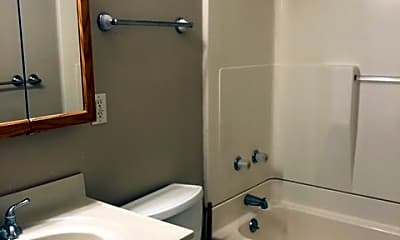 Bathroom, 1111 E Hazard Ave, 2