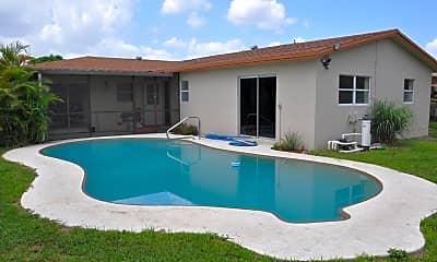 Pool, 8211 SW 9th St, 1