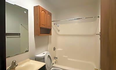 Bathroom, 420 Kungs Way, 2