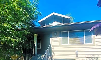 Building, 1132 E Lewis St, 2