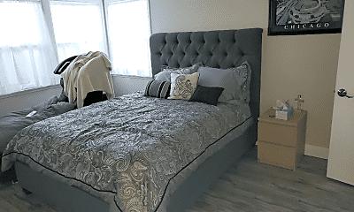 Bedroom, 3344 Petaluma Ave, 2