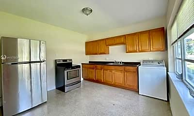 Kitchen, 1003 SW 4th Ave 2, 2