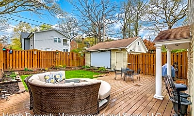 Patio / Deck, 5129 3rd St N, 2