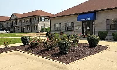 Sycamore Place Apartments, 2