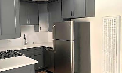 Kitchen, 3602 Keystone Av, 2