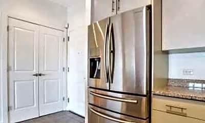 Kitchen, 172 Culver Ave, 1