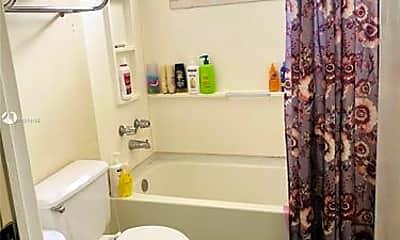 Bathroom, 415 SW 113th Way, 2