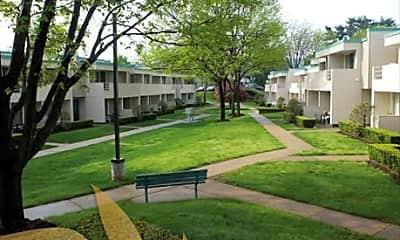 Walnut Hill Apartments, 0