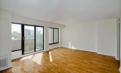 Living Room, 2001 Hamilton St 714, 1