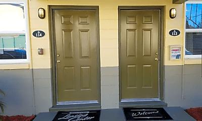Bathroom, 3801 Almeda St, 2