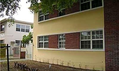 Building, 1241 Normandy Dr 3, 1