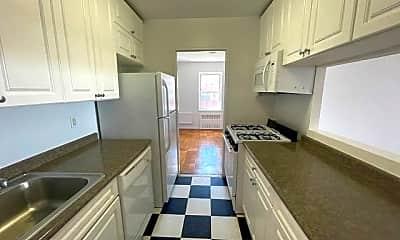 Kitchen, 465 Shore Rd 5R, 1
