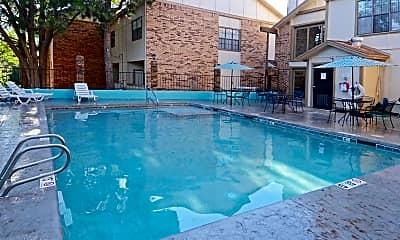 Pool, Bent Tree, 0