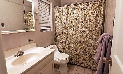 Bathroom, 371 E Penn St MAIN, 2