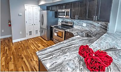 Kitchen, 443 Wiota St, 1