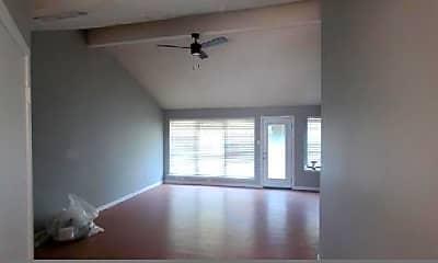 Living Room, 2307 Landshire Dr, 1