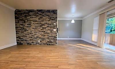 Living Room, 2454 W Bayshore Rd, 1