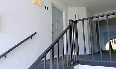 Building, 1182 Pine Ridge Cir W, 1