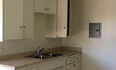 Kitchen, 2106 E 4th St, 1