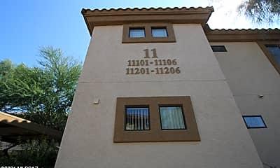 Building, 2550 E River Rd 11202, 1