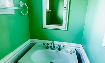 Bathroom, 23 Lynn Ct TH, 2