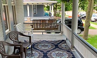 Patio / Deck, 318 Cherry St SE, 1