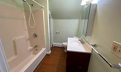 Bathroom, 187 E Bow St B, 2