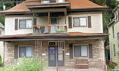 Building, 319 N Balph Ave, 1