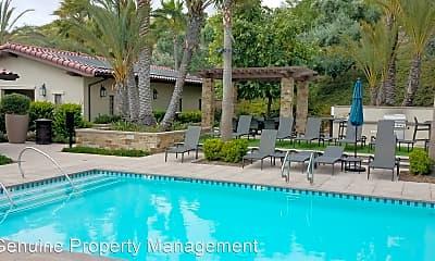 Pool, 152 Finch, 2