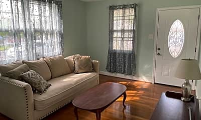 Living Room, 151 Riverbend Dr, 1